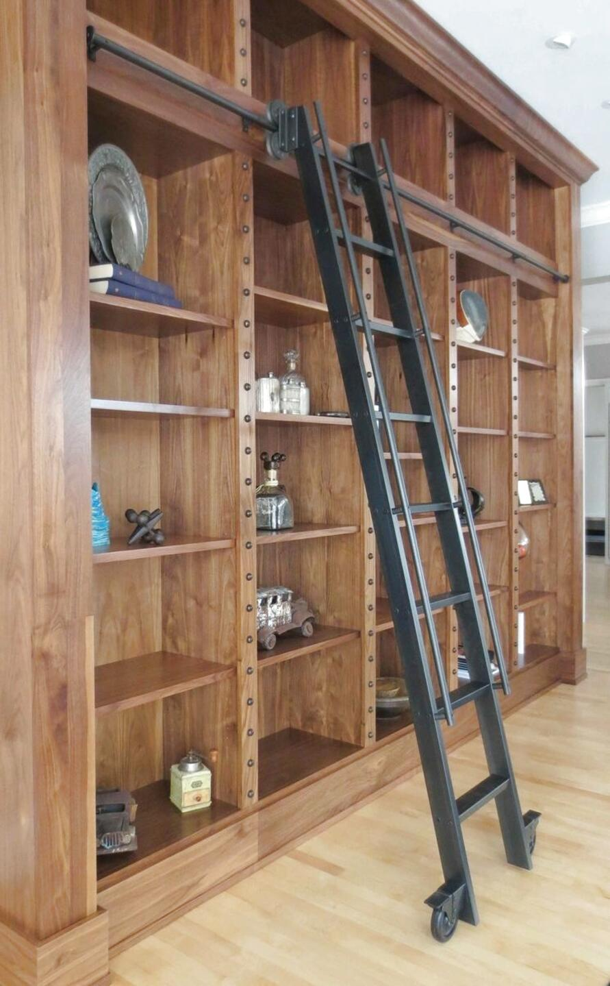 escalera biblioteca de segunda mano
