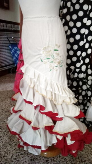 falda flamenca talla 42 de segunda mano