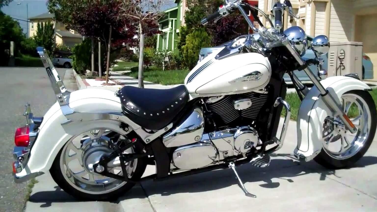 Suzuki Intruder 800 #4   Suzuki bikes, Cruiser motorcycle